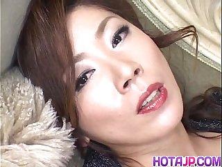 Japanese AV Model has vibrator on clitoris