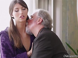 Young Kira was feeling pretty horny and even though this dude was old she had to