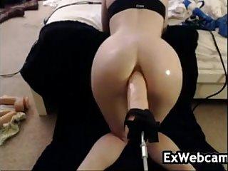 Cam Slut Using A Thick Toy